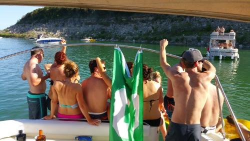 Grad school parties in Austin, TX - Lake Travis Yacht Rentals