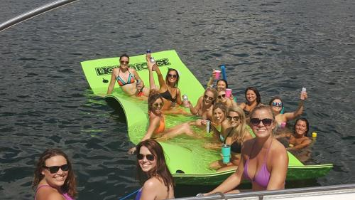 free lily pad with all rentals - Lake Travis Yacht Rentals